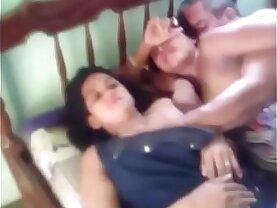 Cogiendo con la amante mientras su esposa mira al final se enoja